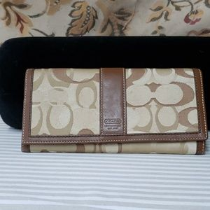 Coach wallet light tan and brown
